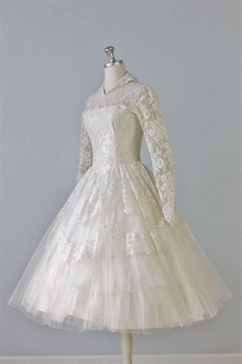 Vintage 1950s Tea Length Wedding Dress   For the Future