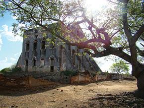 Exemplos da arquitetura sertaneja na Paraíba: sede da fazenda Sobrado - Foto - Nathália Diniz