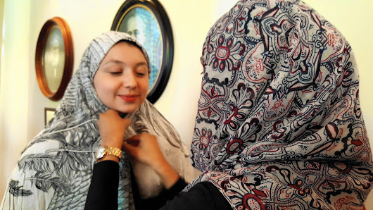 North Central College students share personal experiences of traditional hijab