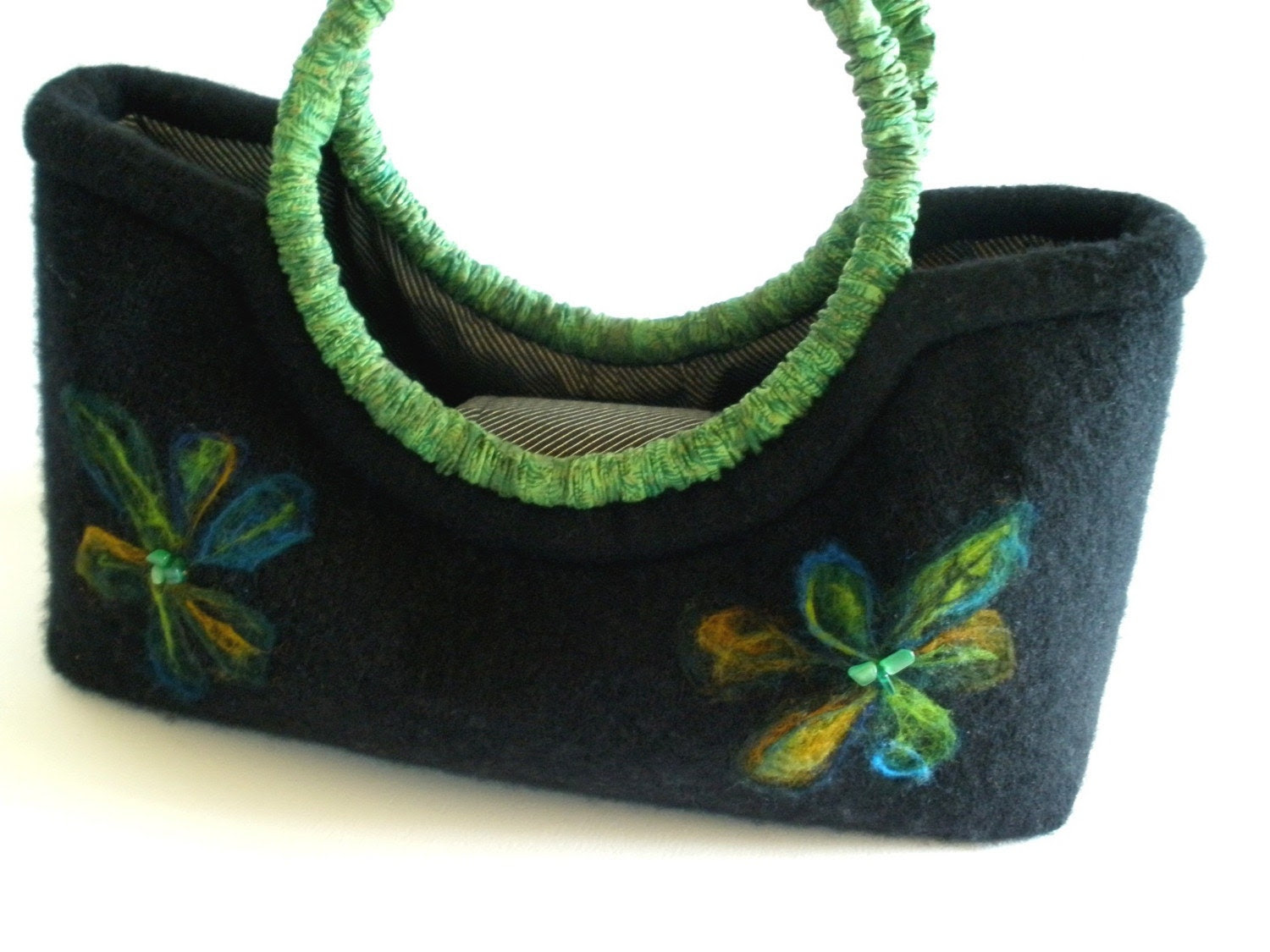 Recycled  Wool  And  Green  Ginger