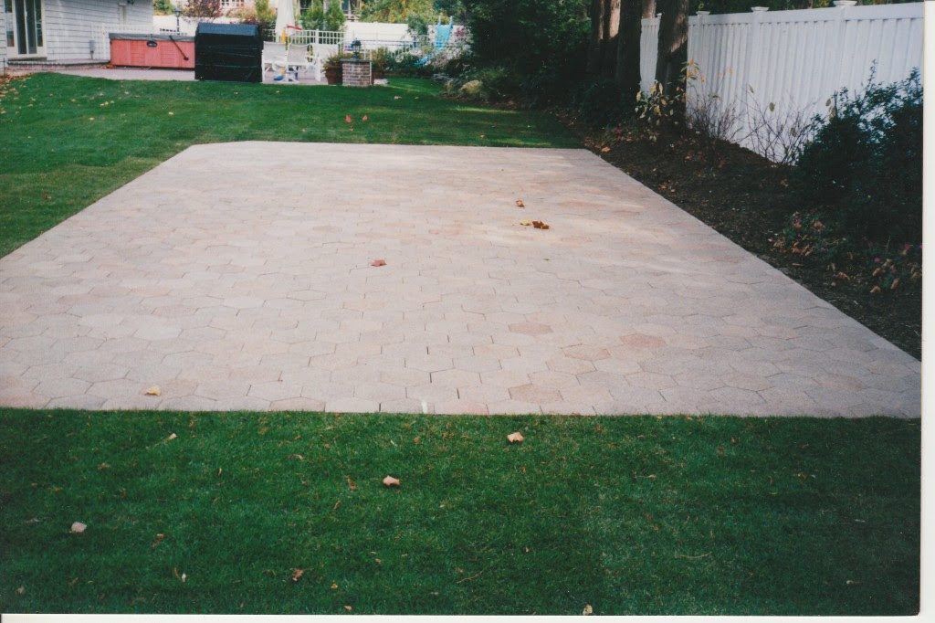 Patio Pavers: What You Need to Know | Concrete Pavers Guide