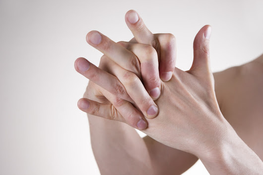 Knuckle cracking: Annoying and harmful, or just annoying? - Harvard Health Blog