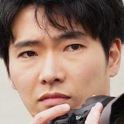 Off the Record (Japanese Drama)-Tasuku Emoto.jpg
