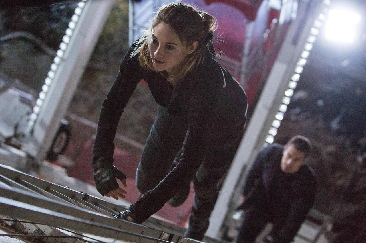 http://fandomnetnews.files.wordpress.com/2014/03/divergentstill3.jpg