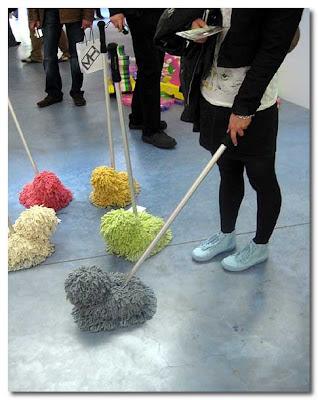 dog mops by yang jae-won