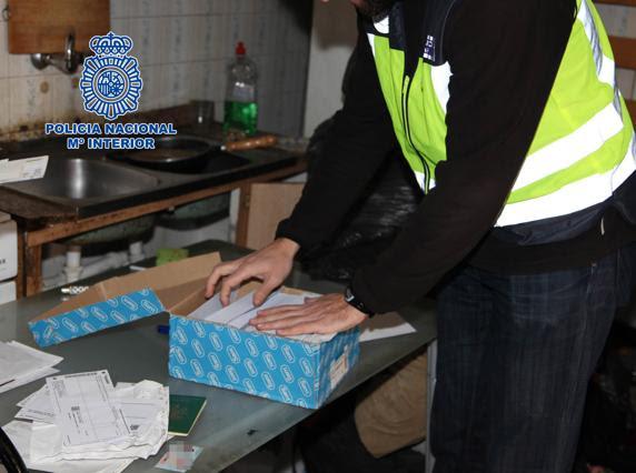 Los arrestados realizaban envíos masivos de