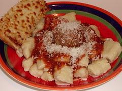 Gnocchi with cheeeesssse =)