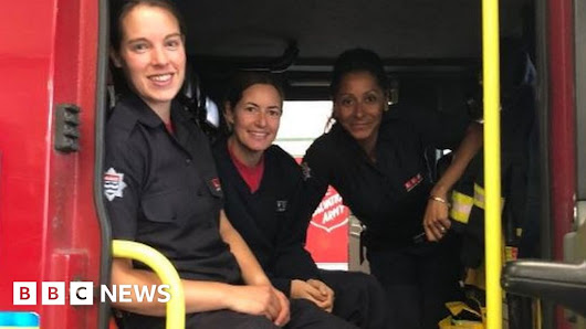 Firewomen prove they exist to four-year-old Esme - BBC News