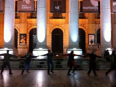 """Contra os cortes na cultura """"abraços"""" aos teatros nacionais. Foto Mariana Filipe"""