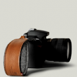 Easily Carry Your DSLR With This Leather Wristband