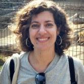 Mara Evans a professora de técnicas em EVA