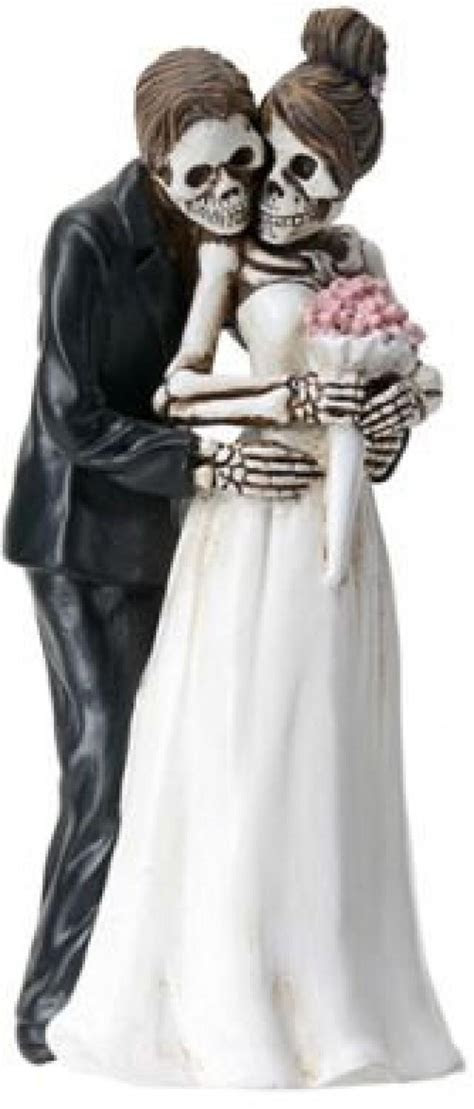 Halloween Wedding Cake Toppers Bride And Groom Pose For
