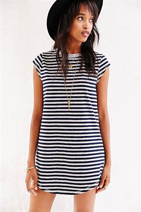 Silence   Noise Gemma Cap Sleeve T Shirt Dress   UO