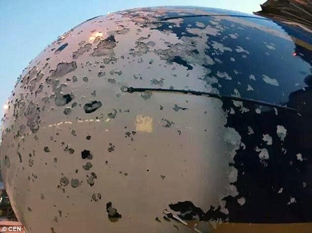 2e28d6a9e4a Τρόμος στον αέρα - Σοβαρές ζημιές σε αεροσκάφος που έπεσε σε χαλαζοθύελλα -  ΦΩΤΟ
