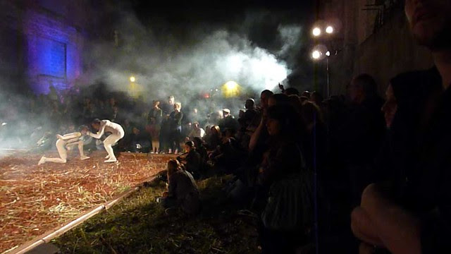 P1000712-2012-09-30-Flux-Projects--gloATL-dancing-on-woodchips-pas-de-deux-crowdVIDEOpreview