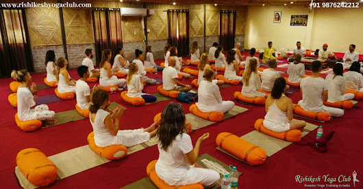 Which is best yoga school in Rishikesh?