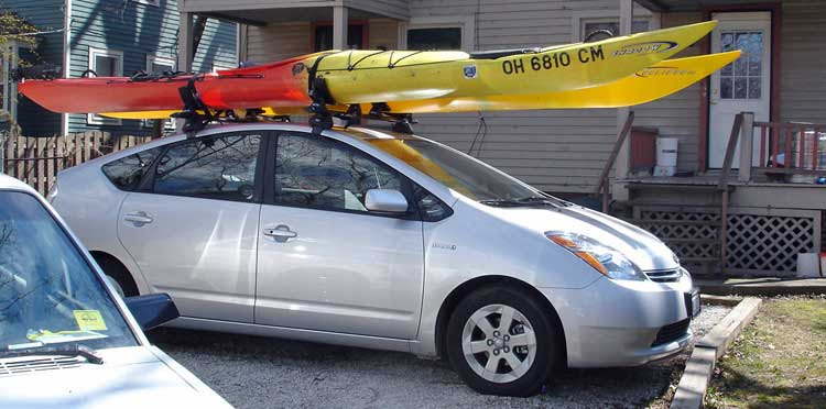 Tr How To Transport Two Kayaks On A Car