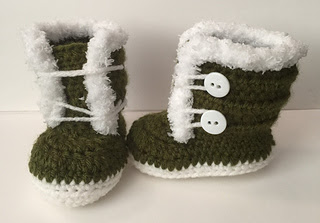 0-3_month_fuzzy_boots__1__small2