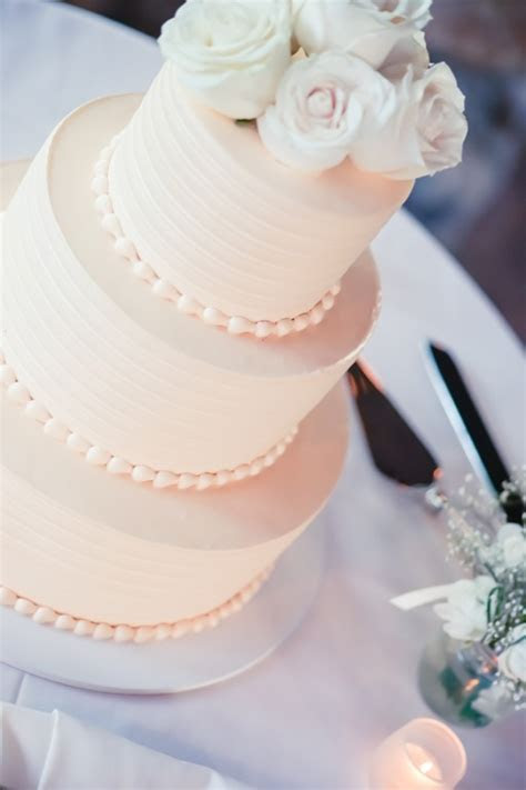 Best 25  3 tier wedding cakes ideas on Pinterest   Tiered