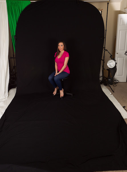 Impact Super Collapsible Background - 8 x 16' (Black) with Kimberly