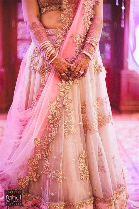 lavender lehenga   Candid, Gold work and Photographers