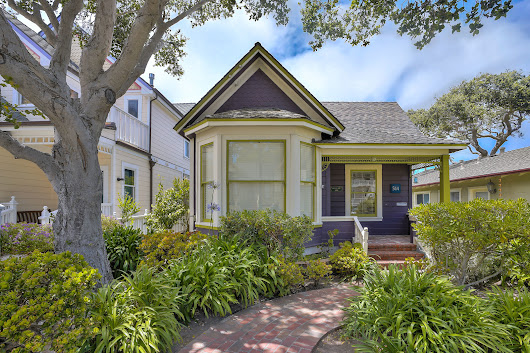 Pacific Grove Victorian Cottage For Sale