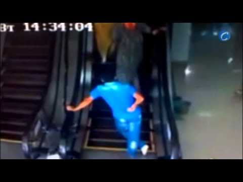video que muestra la primera escalera mécanica en Uzbekistán