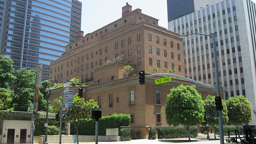 California Club Building
