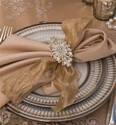 1000  images about Wedding Napkin Fold on Pinterest