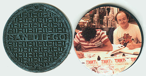 NECA TEENAGE MUTANT NINJA TURTLES // 2008 Comic-con exclusive MOUSER 3PK ..manhole cover