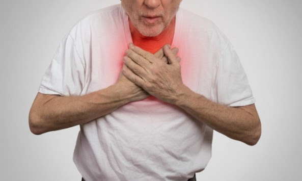 Πνευμονικό οίδημα: Αυτά είναι τα συμπτώματα συσσώρευσης υγρού στον πνεύμονα