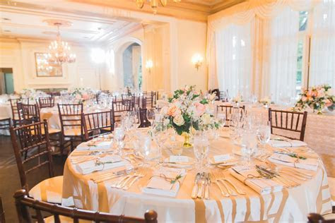 Luxurious Graydon Hall Manor Wedding
