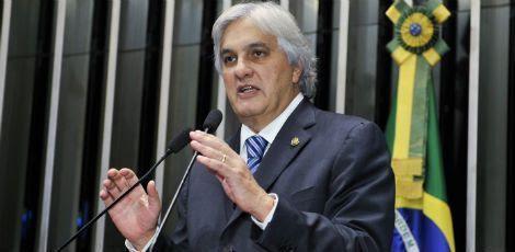 Até ser preso pela Polícia Federal, na manhã de quarta-feira (25), Delcídio era líder do governo no Senado / Foto: Waldemir Barreto / Agência Senado