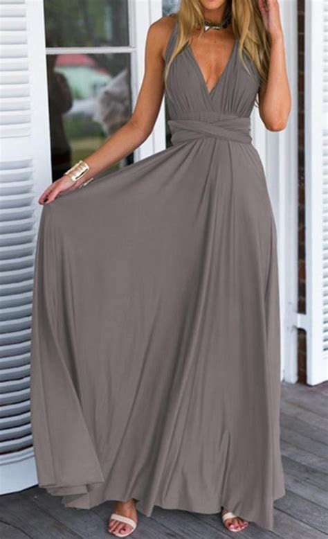 Solid color maxi dress with a beautiful cut/fit on top