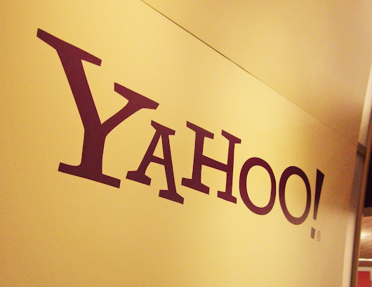 The Twittersphere throws shade at Yahoo! | Be Media Savvy