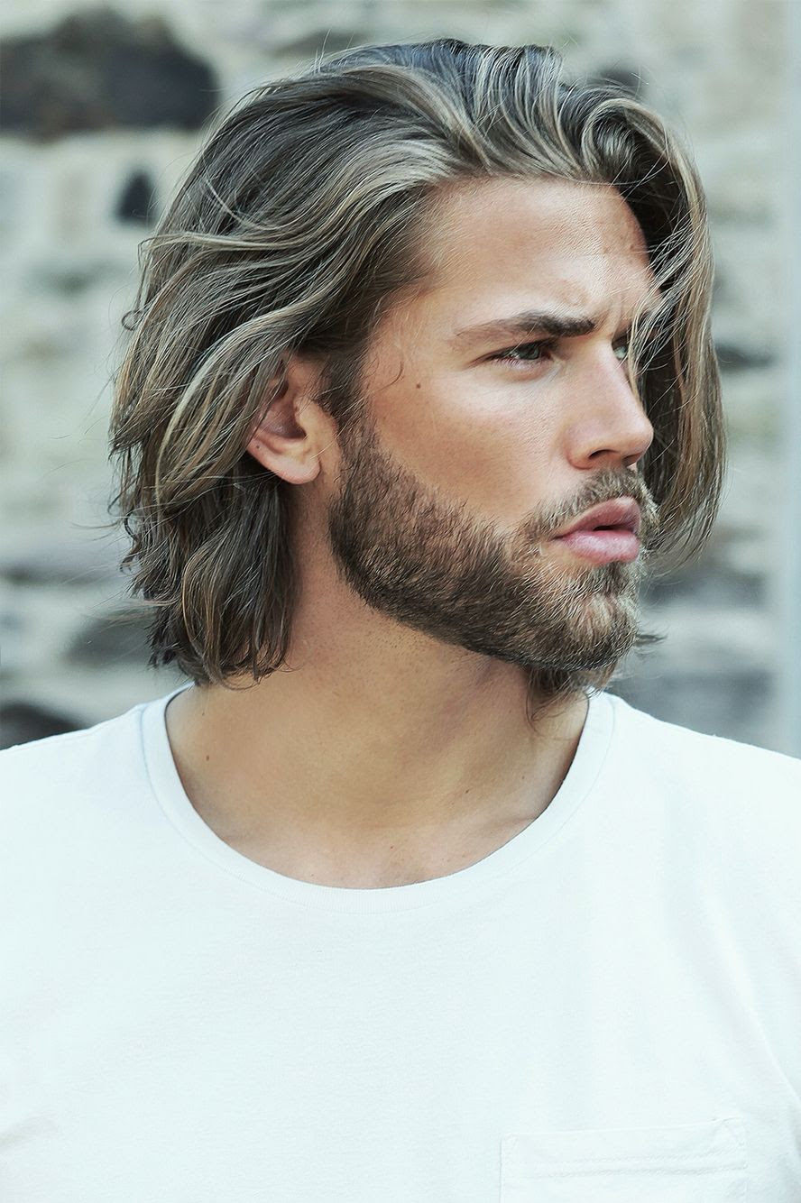 lång frisyr kille