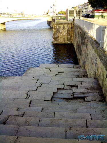 Ponte de Santa Clara junto do rio em Coimbra [en] Bridge of Santa Clara along the river in Coimbra, Portugal