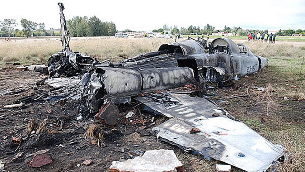 Estado en que quedó el F-5 siniestrado en noviembre de 2012 en Talavera la Real.