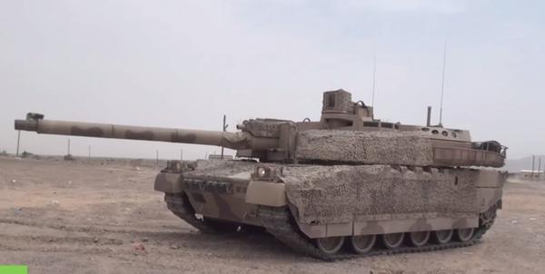 AMX Leslerc del ejército Emiratos Árabes Unidos en Yemen