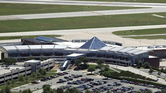 Federal grand jury looking into airport loan deal, court filing says