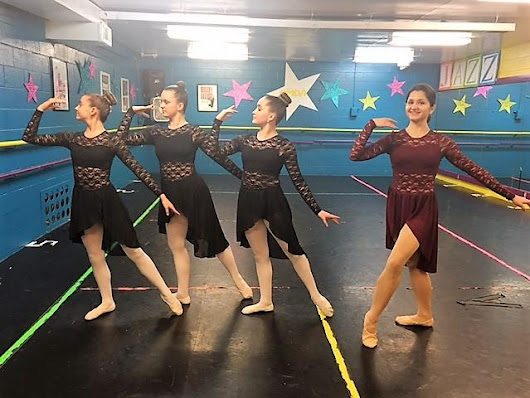 Russian ballerina brings international training to Lockport