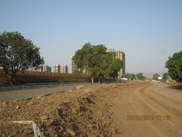 6 Lane, 48 meter wide, approx 5.5 kms long, Main Road - Visit to Nanded City Pune on Sinhagad Road