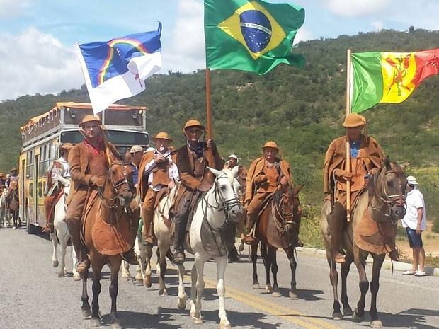 Missa do Capim celebra um ano de Carlos Augusto (Foto: Isa Mendes/TV Grande Rio)