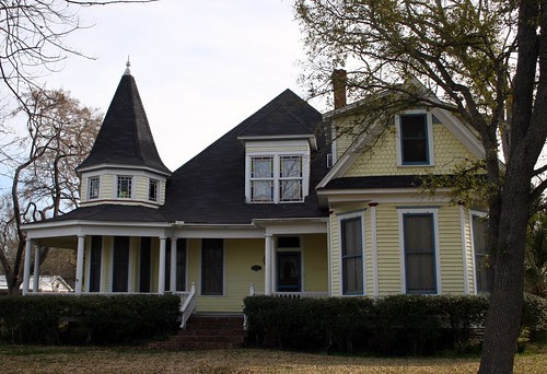 house in madisonville