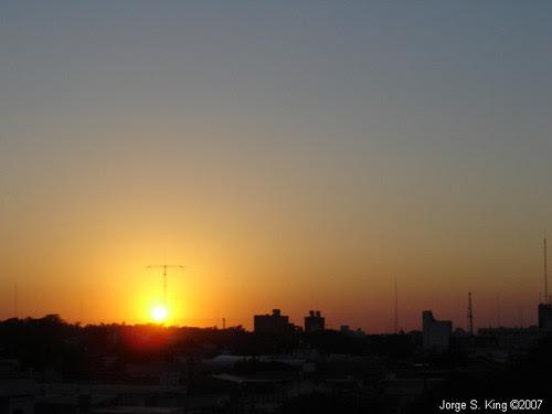 Sale el sol en Santiago