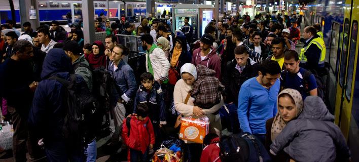 Εκτός Σένγκεν η Γερμανία! -Kλείνει τα σύνορά της με την Αυστρία, σταματά τα δρομολόγια τρένων