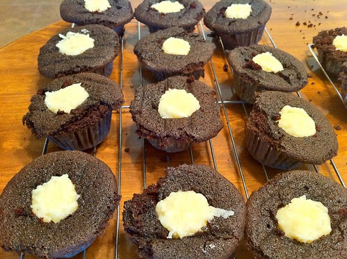 Cupcakes Filled with Coconut