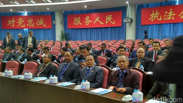 Berita Islam ! 60 Calon Jenderal Kuliah Kerja Nyata di China... Bantu Share !