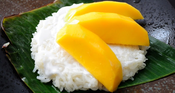 Mango with Sticky Rice- Classic Thai Dessert