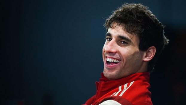 Martínez sorri durante entrevista: espanhol revelou que 'pegou no pé' de Robben